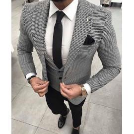Vékony fényes nyakkendő