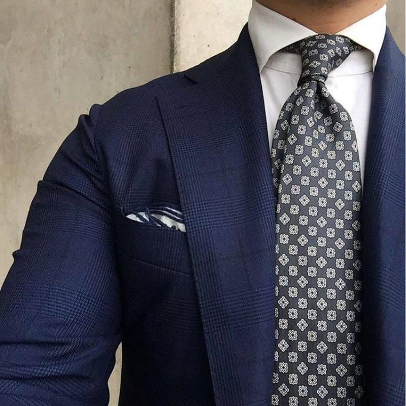 Selyem mintás nyakkendő